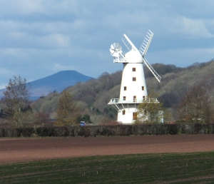 Llancayo windmill and Sugar Loaf Mountain