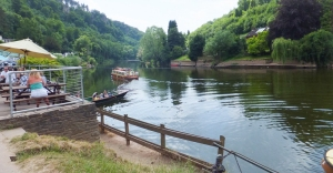 Lunch time by the river Wye