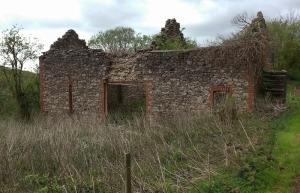 Cefncarnau-fawr outbuilding