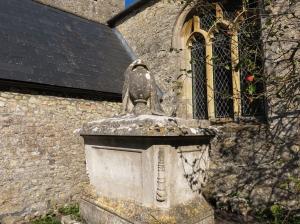 Casberd tomb