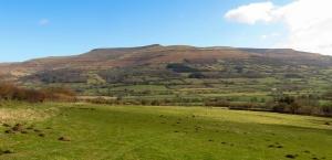 Ridge of Pen Allt Mawr and Pen Cerrig-calch