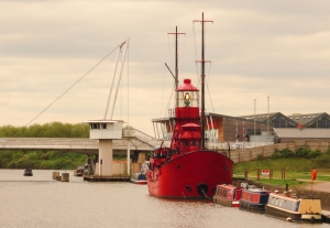 Sula lightship and High Orchard Bridge
