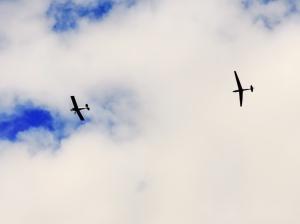 Glider being towed