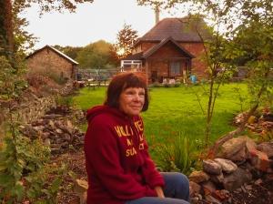 Dunster Cottage garden and owner