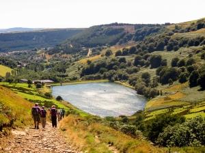 Descending towards the reservoir or top lake