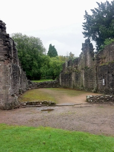 the chapter house ruins