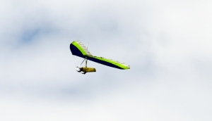 Paraglider Rhossili Down