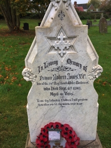 Gravestone of Pte Robert Jones VC