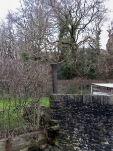 Old mooring post Oak Cottage