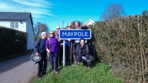 Group picture in Maypole