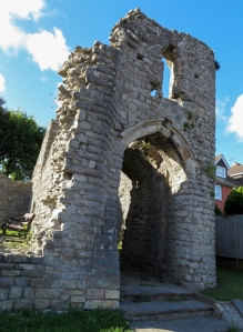 Ruined gatehouse of Barry Castle